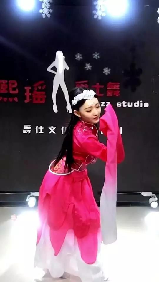抚顺熙瑶品牌舞蹈v品牌视频直播全集_抚顺熙瑶v视频下载图片